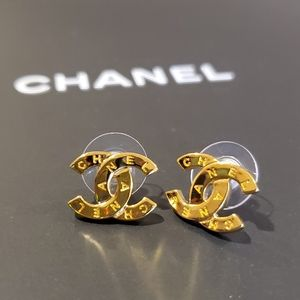 Chanel 20a earrings pierced